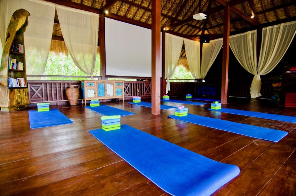 Ceningan Resort yoga shala